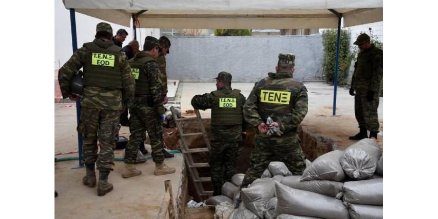 Bomba da II Guerra obriga 75 mil a saírem de casa na Grécia