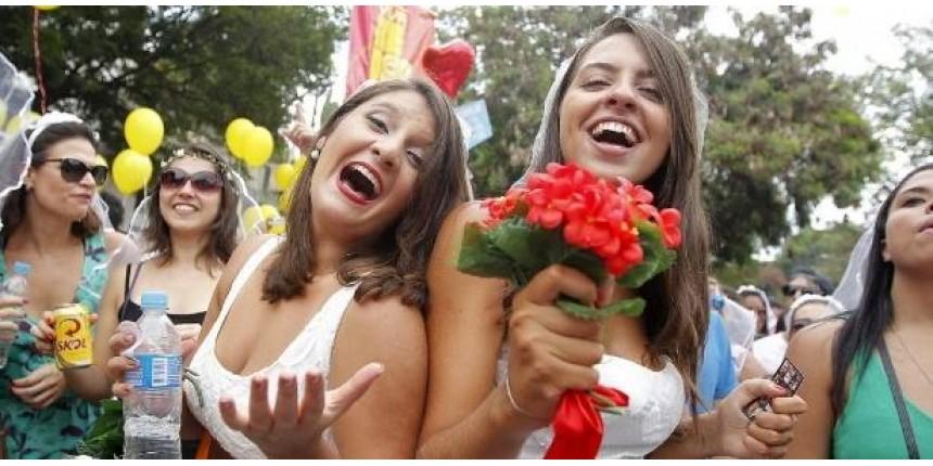 Casa Comigo espera 30 mil pessoas em desfile a favor dos amores livres