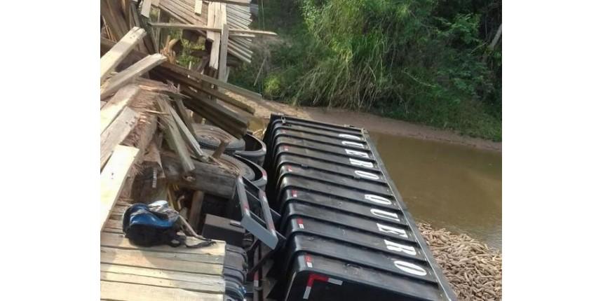 Crianças estão sem ir à aula desde que chuva destruiu ponte em Marília