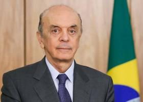 José Serra pede demissão do Itamaraty