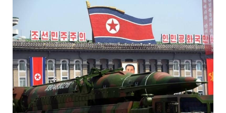 Coreia do Norte afirma treinar para atacar bases dos EUA no Japão