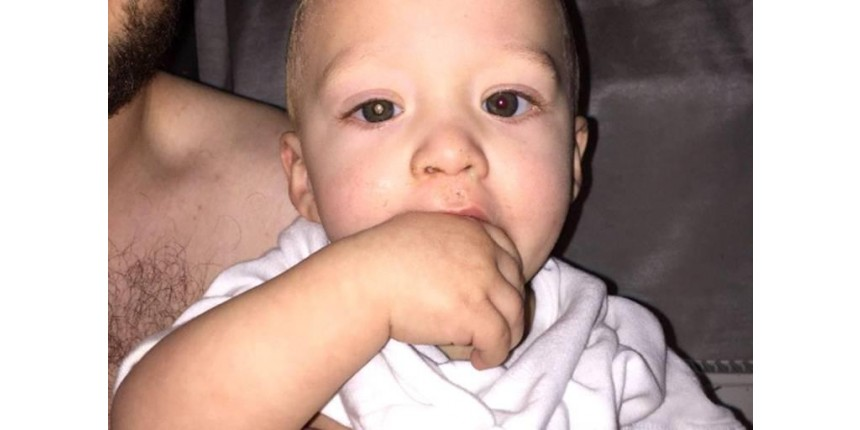 Detalhe em foto ajuda pai a descobrir câncer do filho