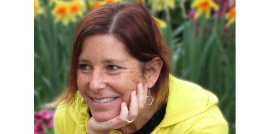 """Escritora com câncer quer encontrar """"novo amor"""" para marido"""