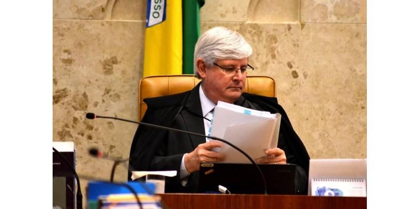 Janot pede ao STF abertura de 83 inquéritos contra políticos