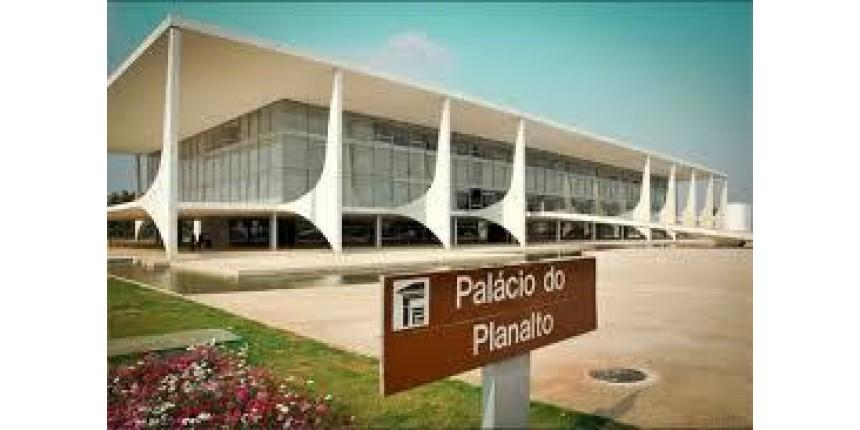 Lista de Janot muda ritmo em Brasília