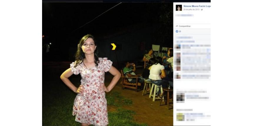 Suspeito de acorrentar e matar mulher escreveu em foto: 'Eu a amo muito'