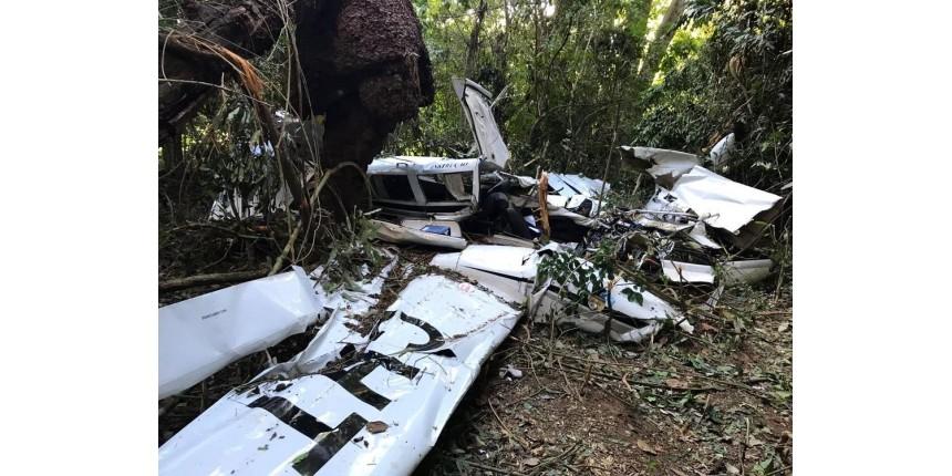 ATUALIZADO: Aeronave cai com dois passageiros durante voo de instrução