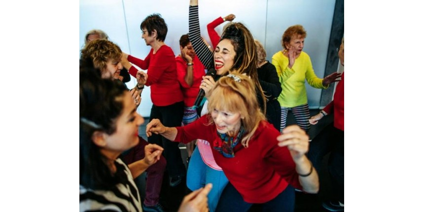 Dançarinas Idosas revitalizam apresentações de Grupo de Dança
