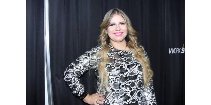 Marília Mendonça visita garotinha com câncer que dançou sua música