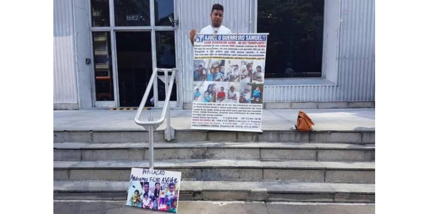 Pai faz greve de fome por transplante do filho