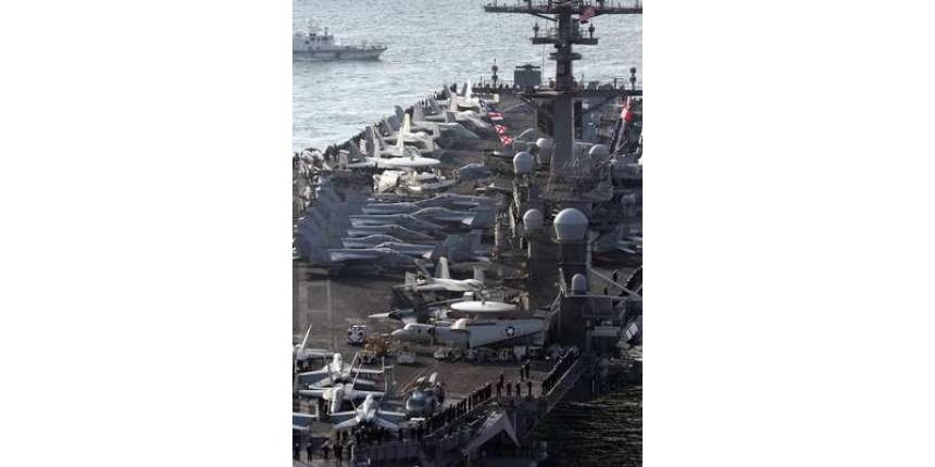 Trump diz estar enviando Marinha muito poderosa à Coreia do Norte