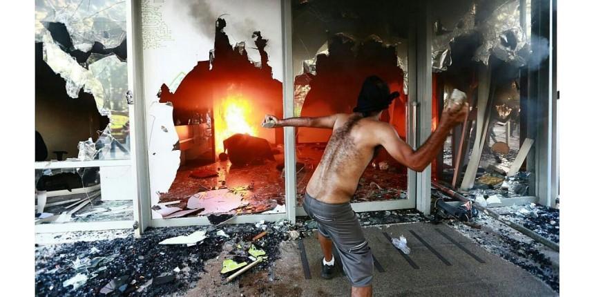 Ato contra governo Temer tem vandalismo e governo põe Exército na Esplanada
