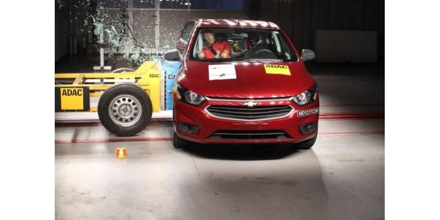 Chevrolet Ônix recebe zero em teste de segurança