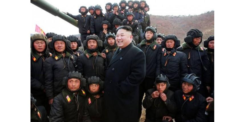 EUA pedem sanções contra Coreia do Norte após míssil