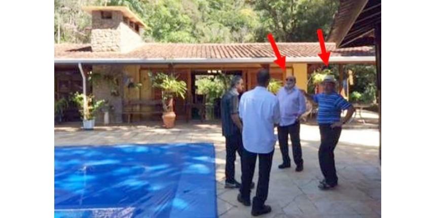 MPF anexa a processo foto de Lula e Pinheiro no sítio de Atibaia