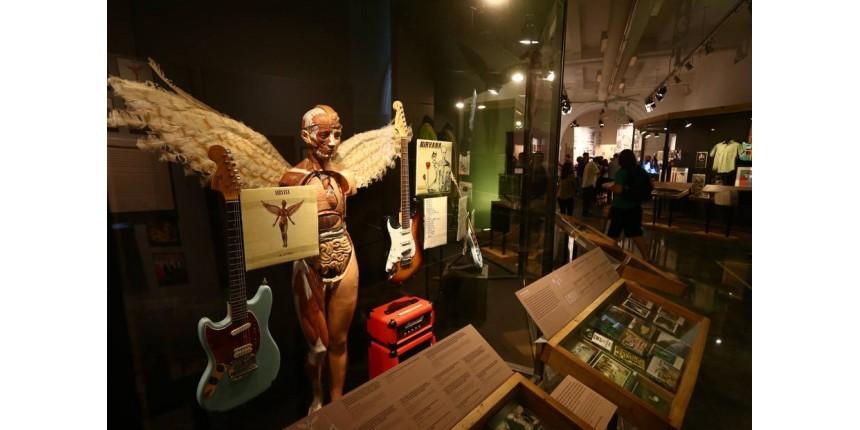 Exposição inédita sobre o Nirvana é aberta no Rio de Janeiro