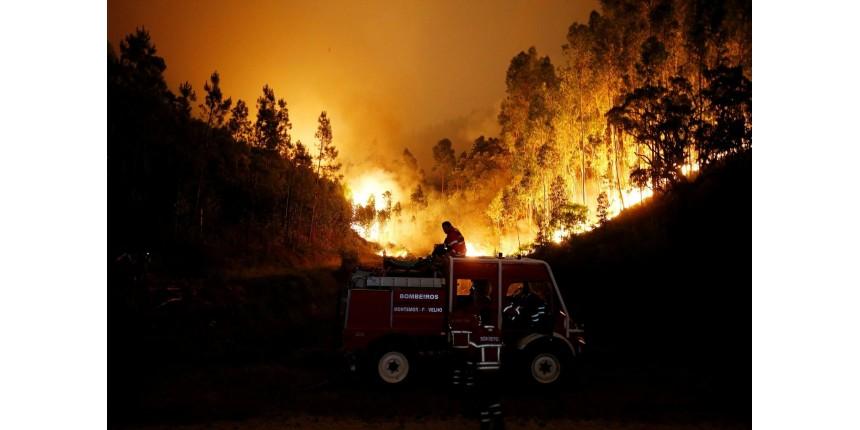 Incêndio florestal deixa 57 mortos e 59 feridos