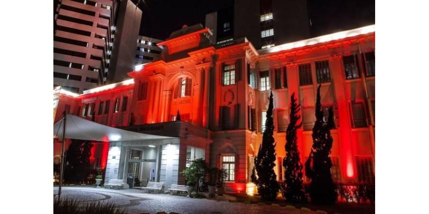 Monumentos ganham luzes vermelhas a partir de hoje (1)