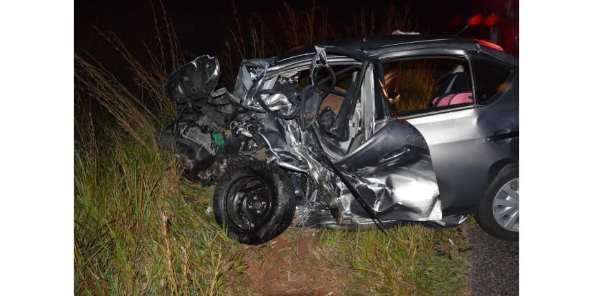 Mulher ferida em acidente com duas mortes segue internada na UTI em estado grave