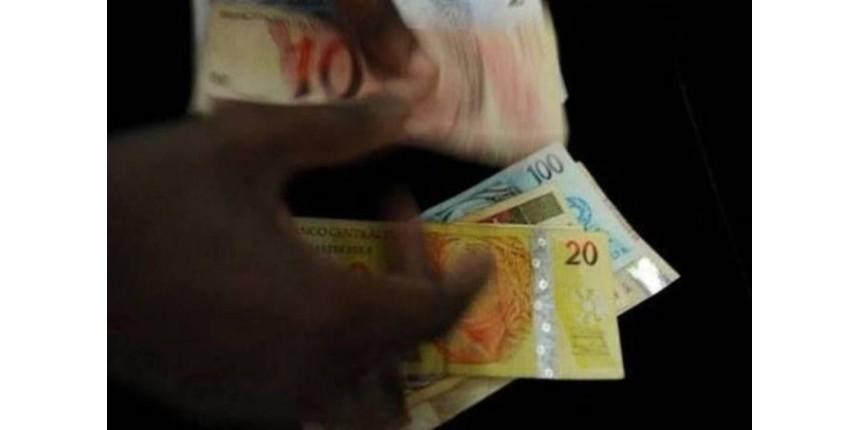 Sancionada lei que permite descontos para compras em dinheiro
