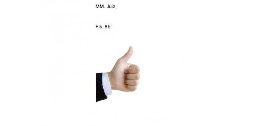 Advogado responde a juiz com emoji de 'joinha' em petição e imagem viraliza