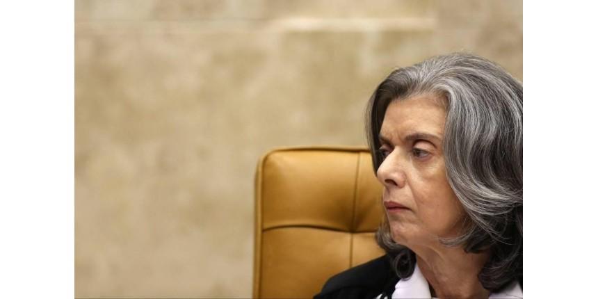 Cármen Lúcia decide investigar folha de salários de juízes