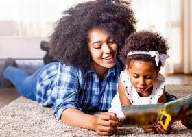 Cinco dicas para introduzir a leitura na rotina das crianças