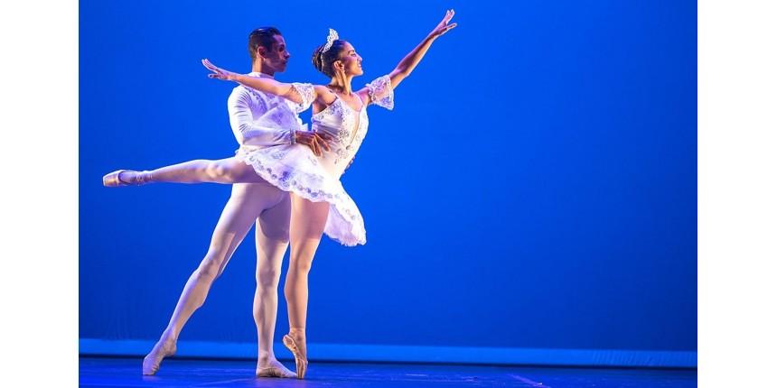 'É diferente e bonito', diz dançarina da única companhia de ballet de cegos do mundo