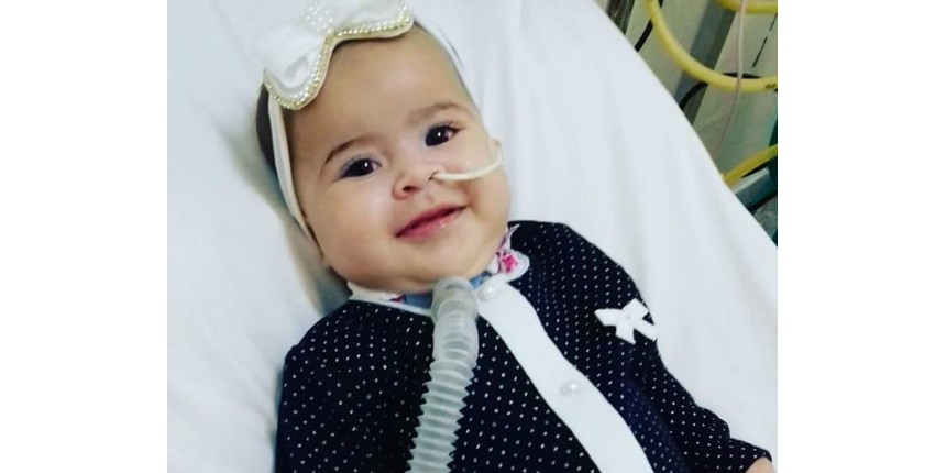 'Estamos muito felizes', diz mãe de bebê com doença rara sobre liberação de medicamento