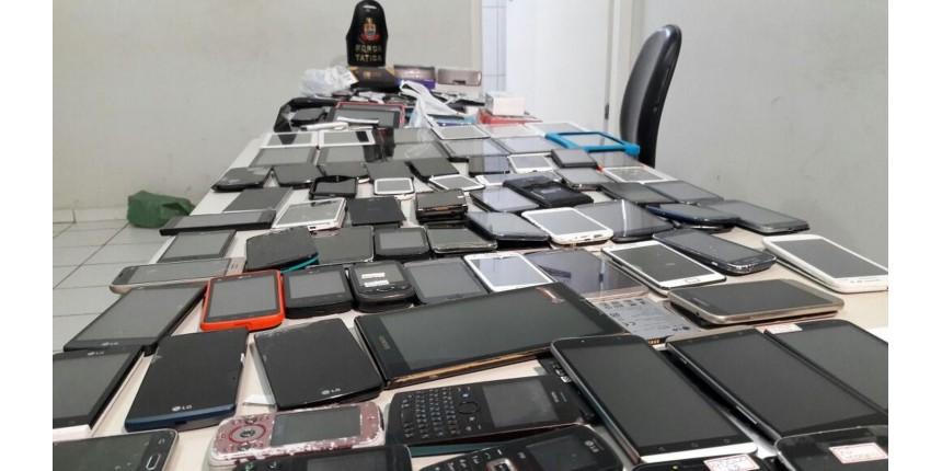 Polícia apreende 160 celulares suspeitos em camelódromo de Marília