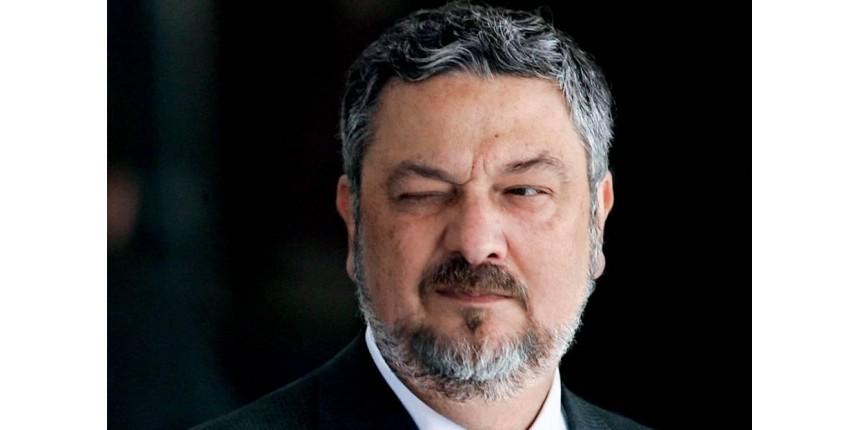 EXCLUSIVO: Palocci admite ter entregue dinheiro vivo a Lula
