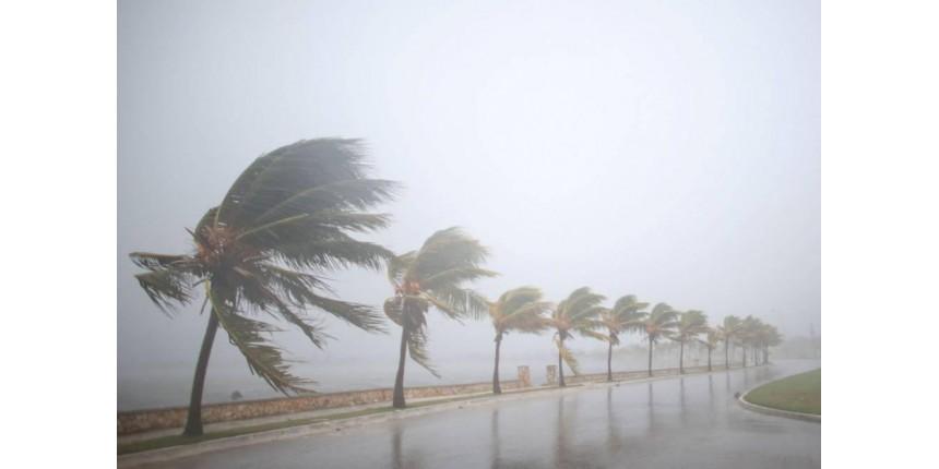 Furacão Irma chega a Cuba com ventos de até 260km por hora