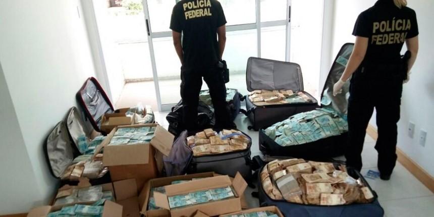 Polícia Federal encontra dinheiro em apartamento que seria utilizado por Geddel