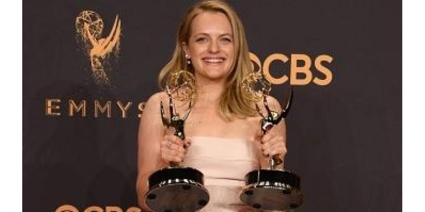Série 'O Conto da Aia' é a grande vencedora de Emmy dominado por mulheres