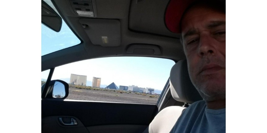 Motorista de Bauru em Las Vegas transporta pessoas que escaparam de ataque: 'Filme de terror'