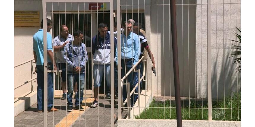 Criminosos fazem reféns durante assalto a agência dos Correios no Interior
