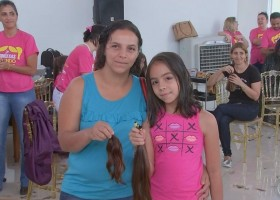 Evento solidário arrecada mais de mil mechas de cabelo
