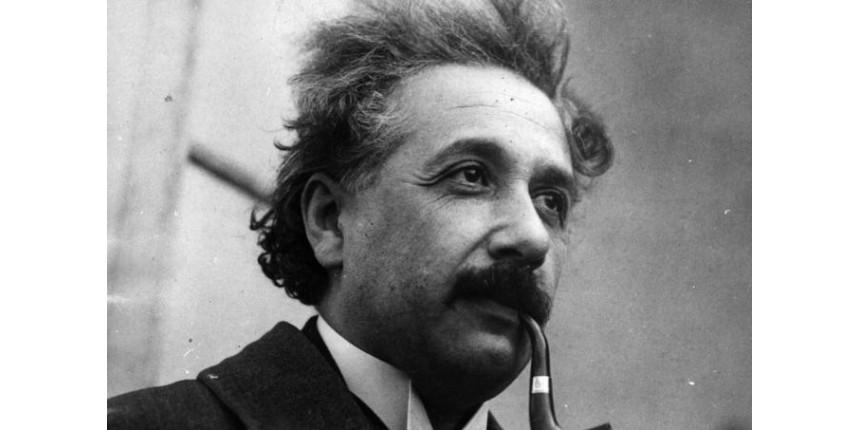 10 frases geniais de Albert Einstein sobre inteligência e sucesso