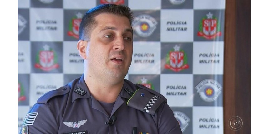 Policial recebe prêmio nacional por ter salvo colegas de carro em chamas