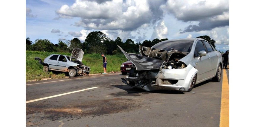 Acidentes graves em rodovias federais caem 7,5% em 2017; número de multas sobe