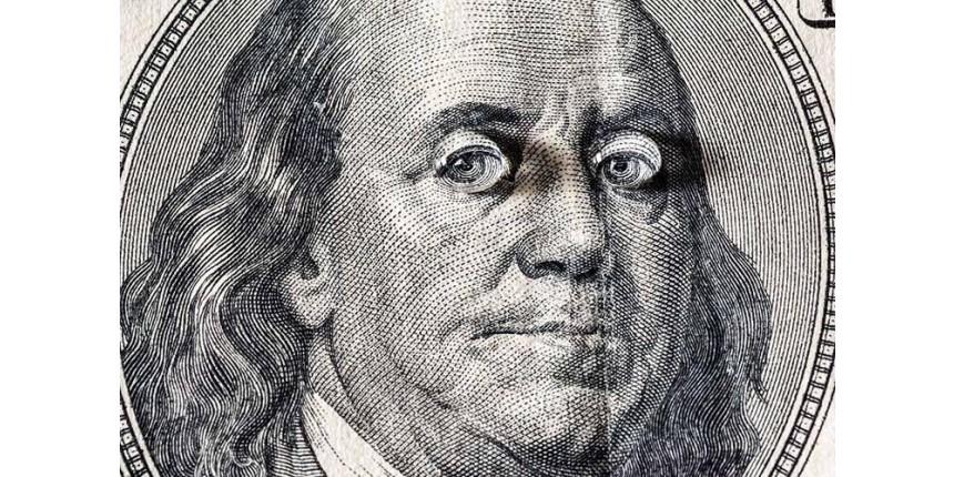 Dólar cai 4% em janeiro, maior queda mensal em 6 meses