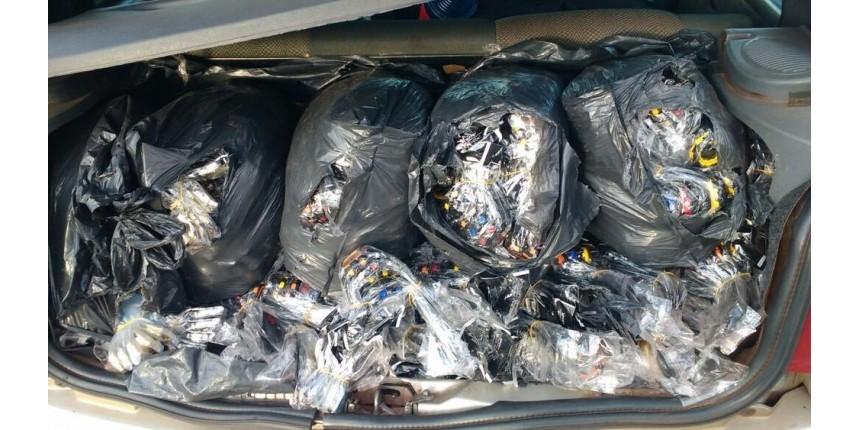 Dupla é flagrada com mais de 5 mil relógios contrabandeados em rodovia