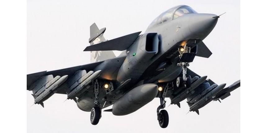 Futuro da Embraer é assunto de reunião de emergência entre FAB e fabricante sueco de caças