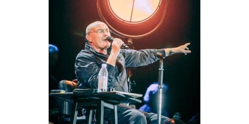 Debilitado, Phil Collins consegue levantar estádio lotado
