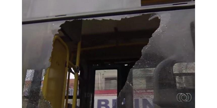 ESPORTE: Torcedor é morto a tiros após atirar contra ônibus que levava torcida adversária