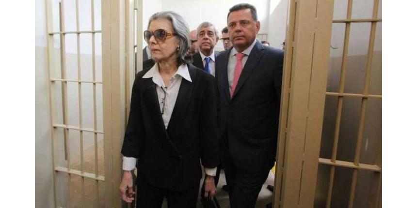 'O cidadão está cansado de todos nós, inclusive do Judiciário', diz Cármen Lúcia