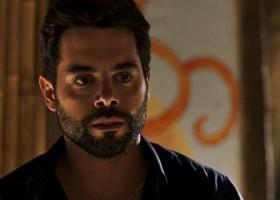 O Outro Lado do Paraíso: Amaro desiste de golpe em Estela e...