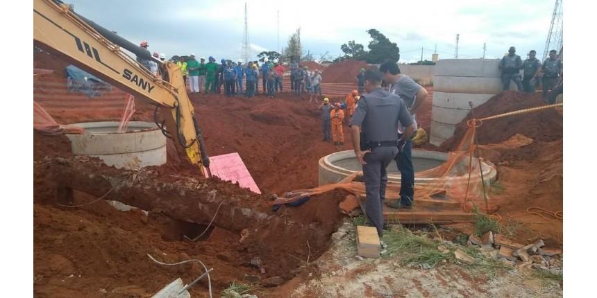Sindicância vai apurar soterramento que matou dois em obra de condomínio