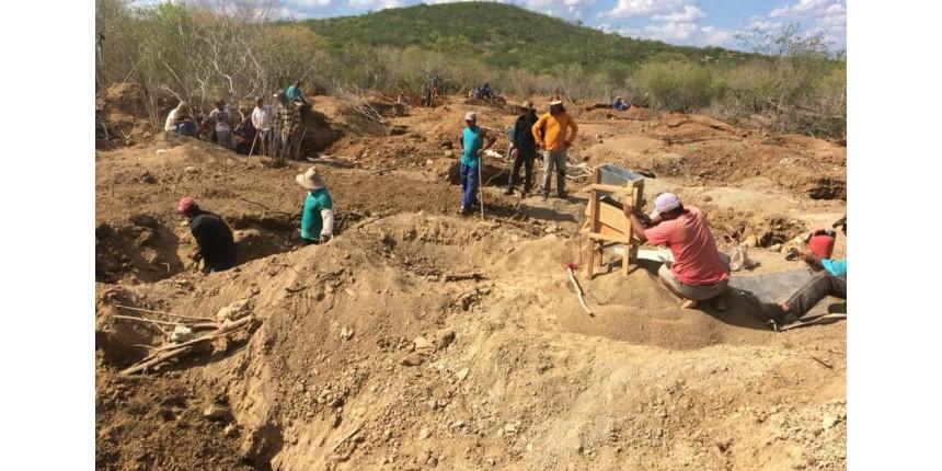 Caçador acha pepita de ouro de R$ 112 mil em buraco de tatu e garimpo irregular é montado na BA