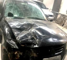 Polícia apreende carro que arrastou moto por três quilômetros em...